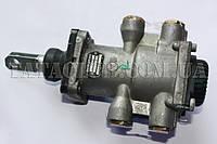 Кран главный тормозной (ножного тормоза) (фитинги VOSS 74.5mm) (613 EIII, 1116, 1618) KNORR-BREMSE