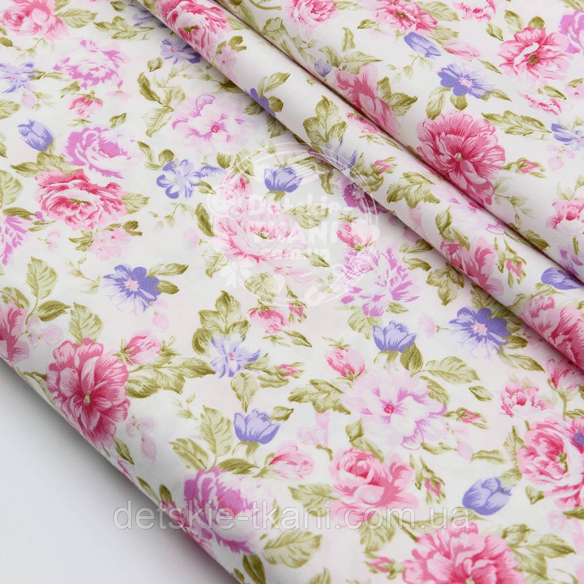 """Клапоть сатину """"З густими рожевими трояндами і бузковими квіточками"""" №1506с, розмір 19*160 см"""