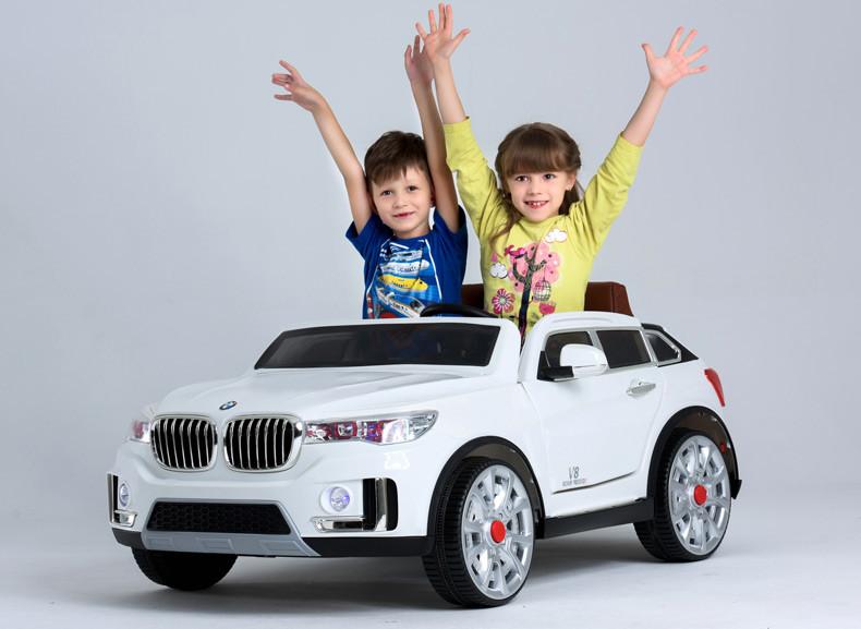 Детский двухместный электромобиль BMW М 2768 белый, ЭУР, колеса EVA, открываются двери, пульт bluetooth