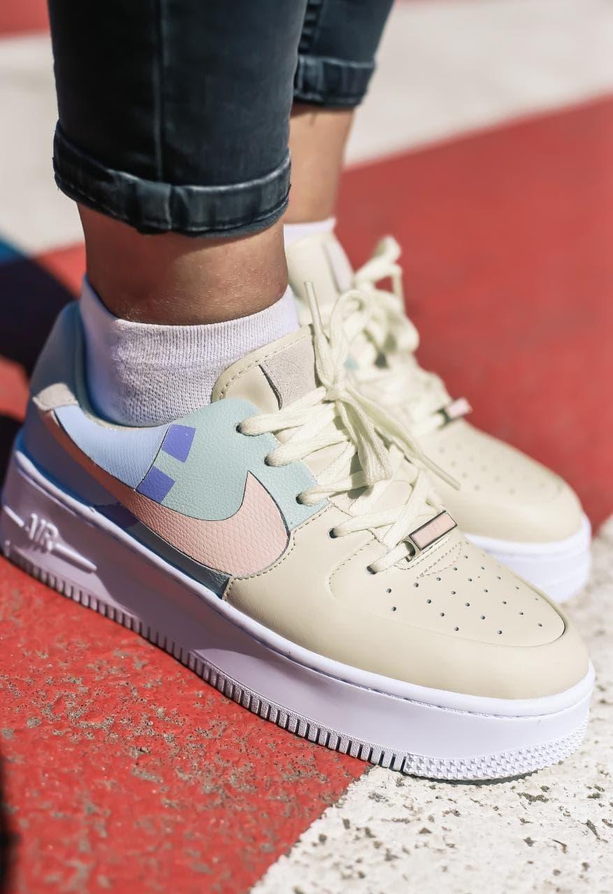 Кросівки жіночі Nike Air Force 1 Sage Low LX Beige/Pale Blue-Pink