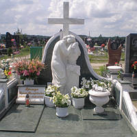 Мраморный памятник М-237