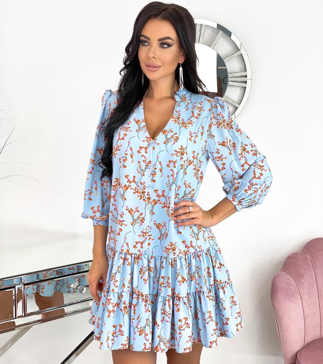 Женское летнее платье свободного кроя на пуговицах