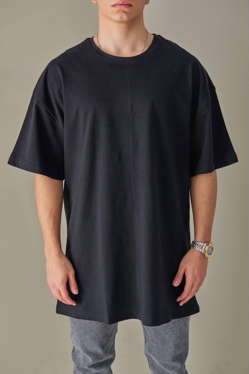 Базовая футболка оверсайз мужская черная без принта / рисунка