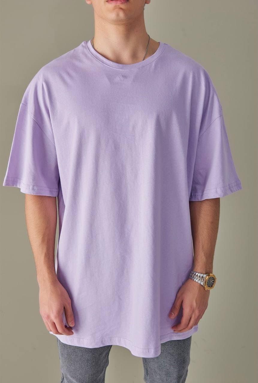Базовая футболка оверсайз мужская сиреневая без принта / рисунка