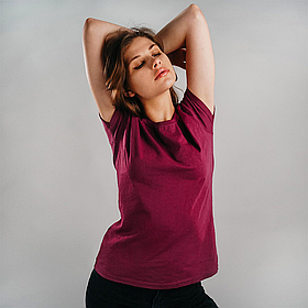 Классическая женская футболка 0613720