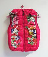 Жилетка-дутик Gap в цветочек для девочки 110 см