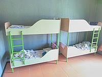 Кровать двухъярусная на металлическом каркасе для садика