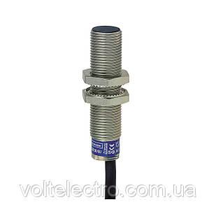 Індуктивний датчик циліндр XS6 M12 - L54mm - brass - Sn4mm - 12..48VDC - 5m cable.