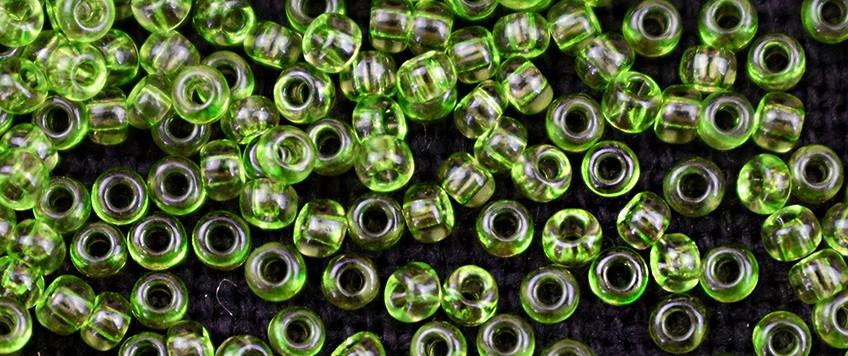 Чешский бисер Preciosa /10 для вышивания Бисер оливковый прозрачный 01654