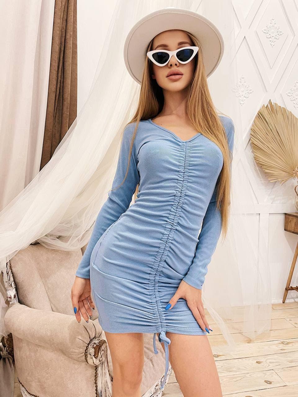 Облегающее платье с драпировкой короткое из люрекса с декольте и длинным рукавом (р. S-М) 4py2276