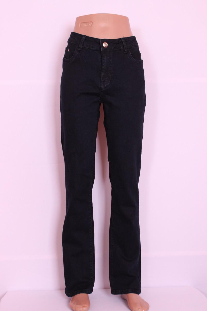 Жіночі класичні чорні джинси