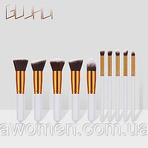Набор кистей для макияжа 10 штук (белые)