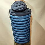 Чоловіча жилетка безрукавка темно-сині плечі з електриком з капюшоном, фото 6