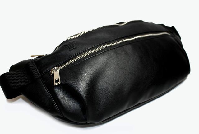 Качественная мужская сумка-бананка из экокожи Black YR 0200