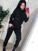 Женский спортивный костюм с камуфляжным принтом Черный, фото 1