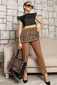 Женский костюм с брюками и леопардовой блузой без рукавов (Лео-Скарлет-classic ri)