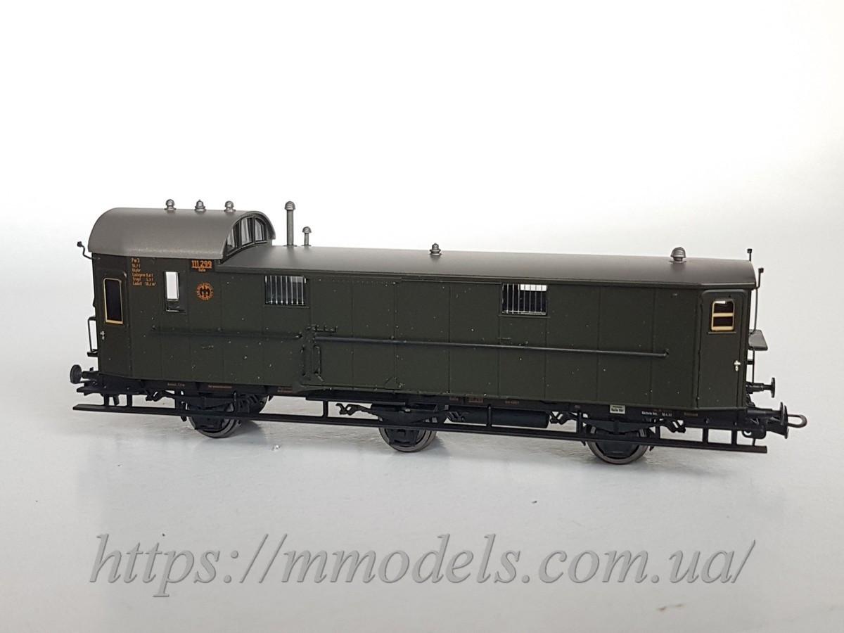Liliput 334401 масштабна модель 3х осного поштового вагона,типу Pw3 Pr11, 111 299, DRG, масштабу Н0 (1/87)