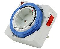 Таймер-розетка механический квадратный LM663/671