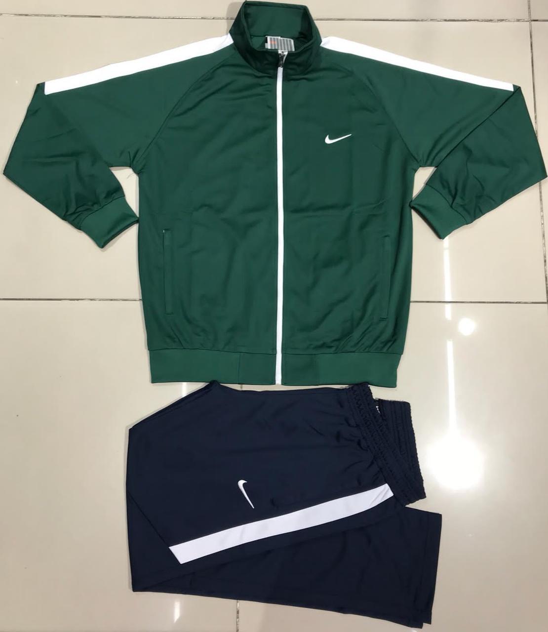 Кофта-реглан спортивная для мужчин Nike Зеленый Кофта Классический стильный дизайн на манжетах