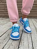 Женские кроссовки Air Jordan 1 Low голубые с белым, фото 3