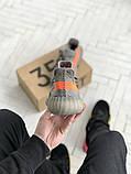 Чоловічі кросівки Adidas Yeezy 350 v2 сірі з помаранчевим, фото 5