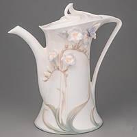 """Фарфоровый чайник """"Бабочка в цветке"""" 21 см (с розовыми цветочками)"""