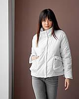 Жіноча молодіжна демісезонна куртка вільного прямого крою собъемными накладними кишенями