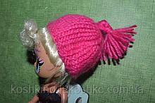 Вязаная шапочка для куклы лол