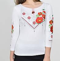 Красивая женская вышиванка белого цвета
