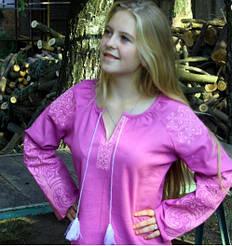 """Вышитая блуза """"Ольга"""" из льна в фиолетовом цвете с пудровым орнаментом"""