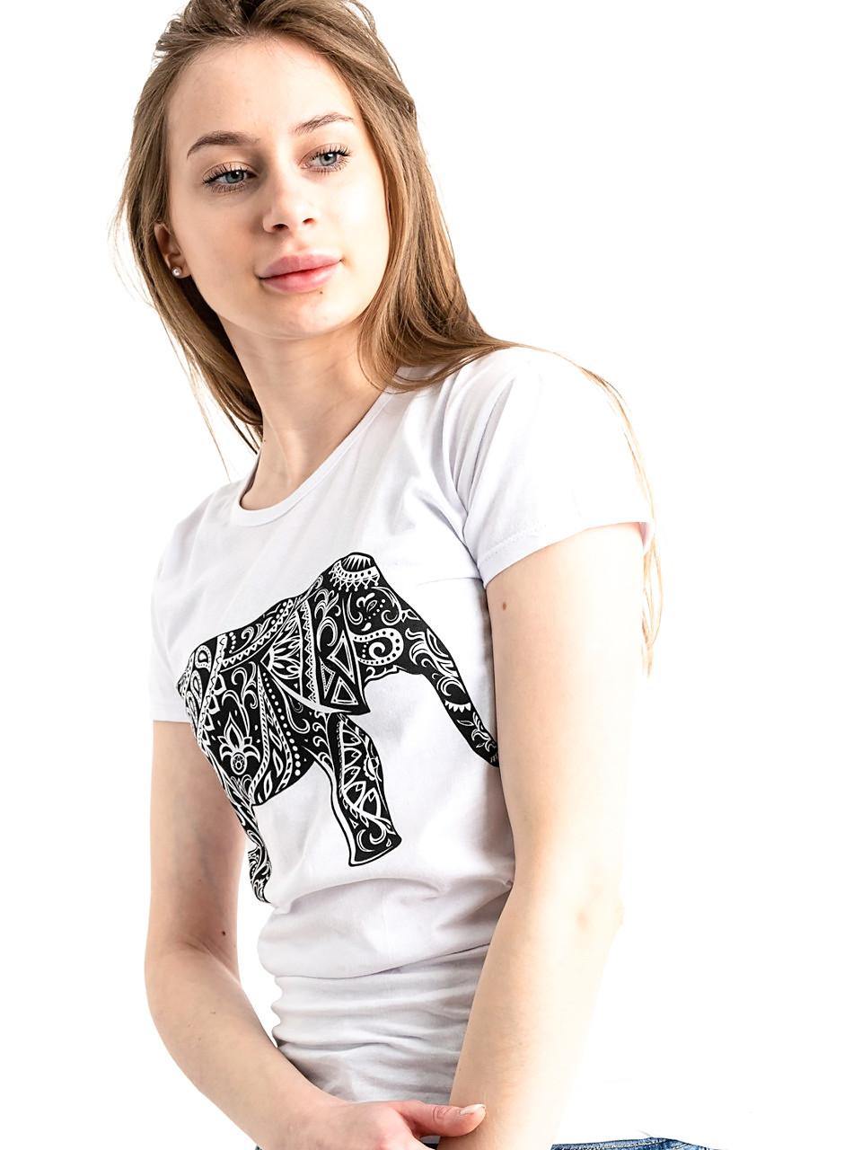 Трендовая футболка со слоном 46
