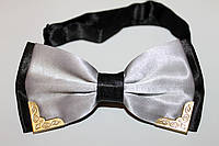 Галстук-бабочка с металлическими наконечниками