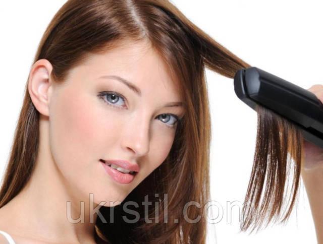 Выпрямляем волосы при помощи утюжка