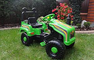 Детский трактор на педалях ПОЛЬША