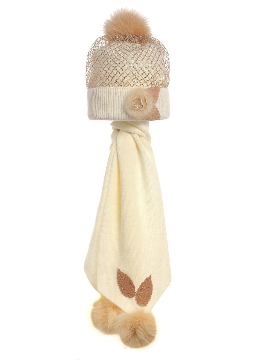 Детская вязаная шапочка с сеточкой из пайеток, меховой аппликацией и шарфик.