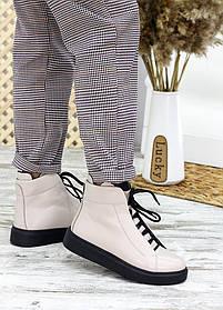 Непромокаемые ботинки женские  бежевого цвета из кожи на байке с мехом, размер от 36 до 40