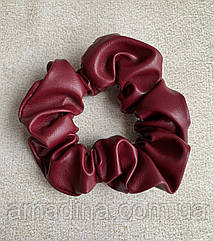 Бордова гумка жіноча стильна еко-шкіра, об'ємна резинка на волосся, бордовая резинка женская кожа