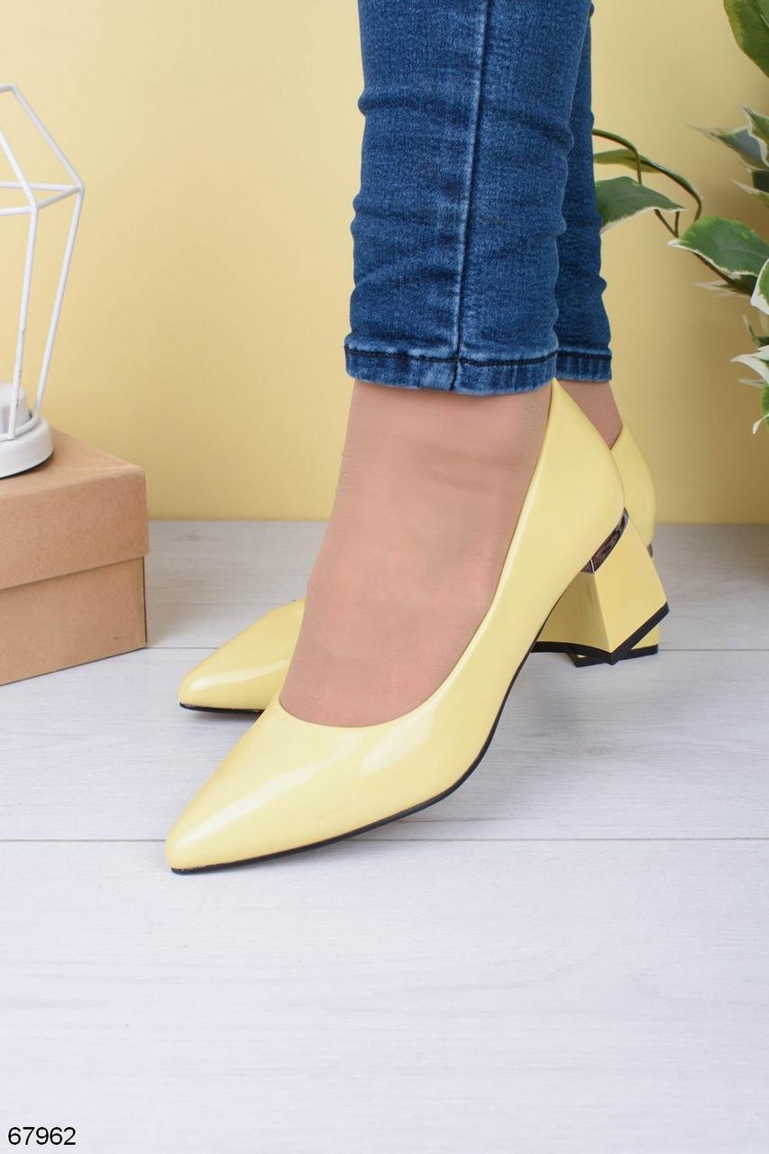 Туфли женские желтые эко-кожа (лак) на каблуке 5,5 см