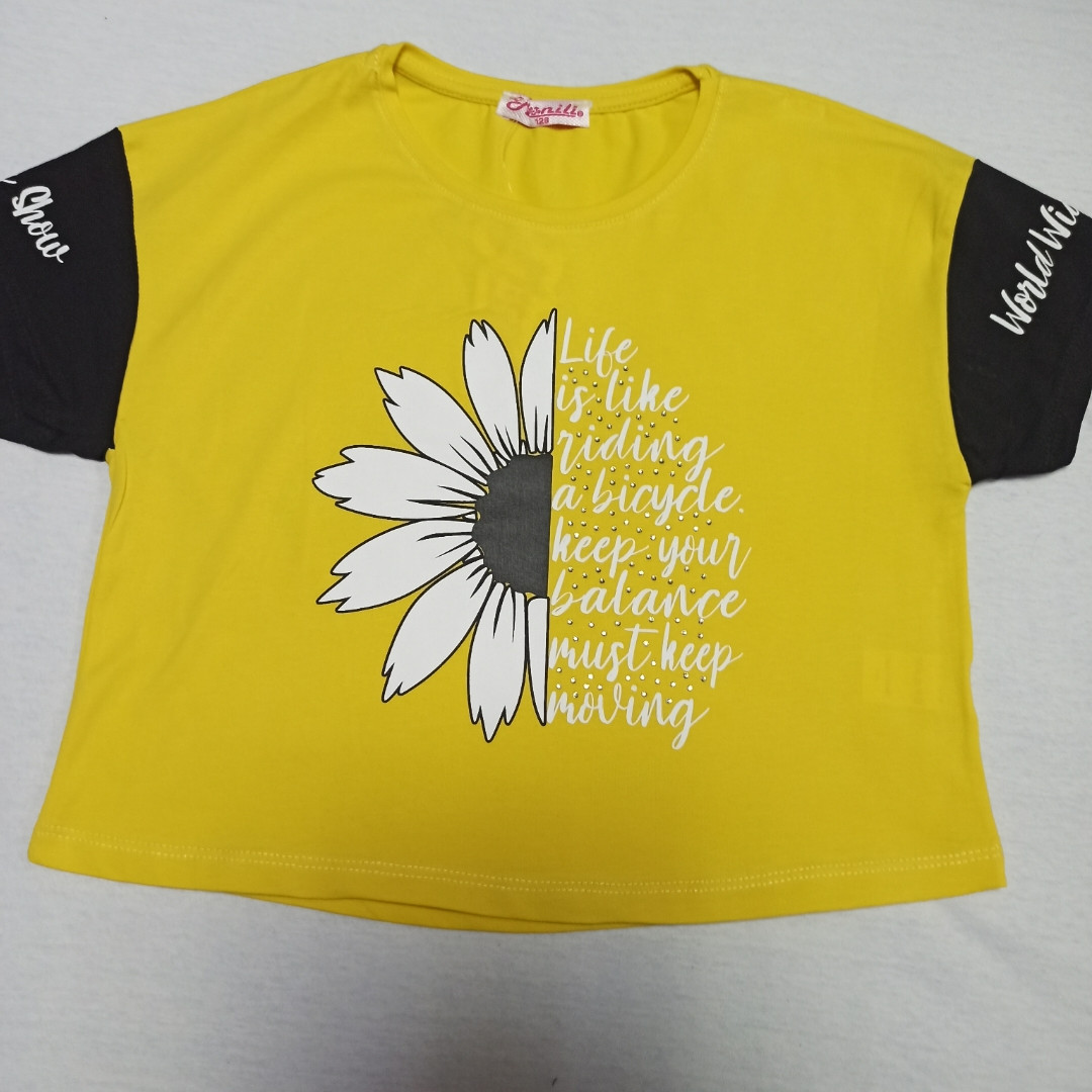 Футболка подростковая  модная красивая нарядная оригинальная жёлтого цвета для девочки. 152
