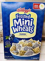 Сухой завтрак Kellogg's Frosted Mini Wheals подушечки из тоненьких пшеничных нитей с голубикой, фото 1