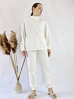 Білий молочний спортивний жіночий костюм зі свитшотом оверсайз з бавовни розмір M-L