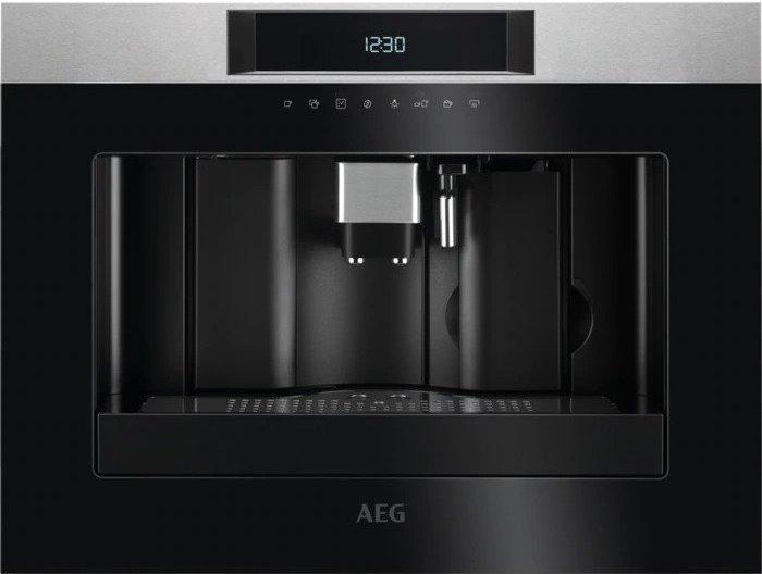 Вбудована кавоварка AEG KKK884500M
