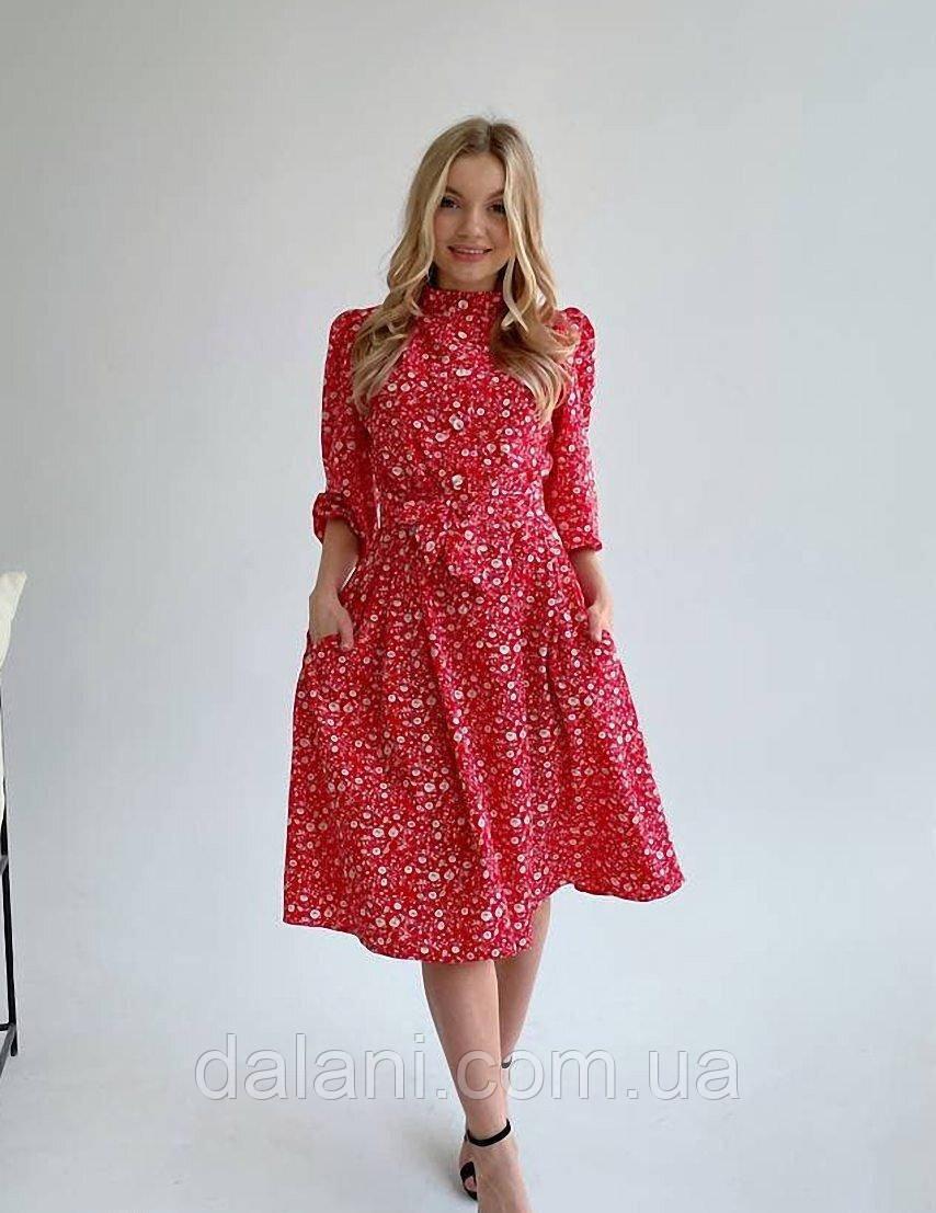 Женское весеннее красное платье миди с цветочным принтом