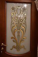 Вставка в межкомнатные двери с золотой поталью