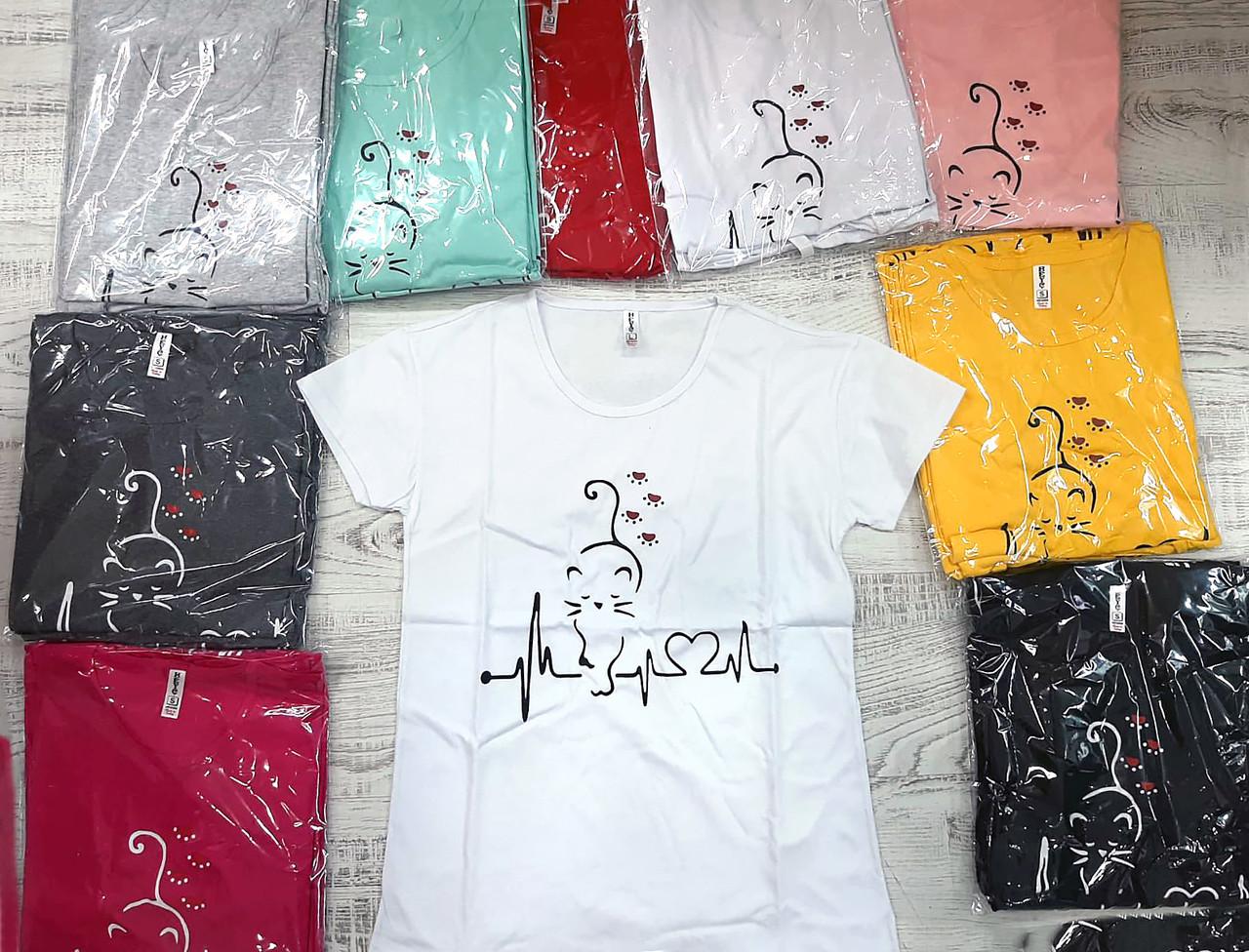 Жіноча футболка пряма універсальна 42-46 (в кольорах)