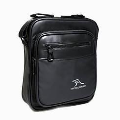Стильна чоловіча сумка через плече з штучної шкіри чорного кольору на одне відділення Розміри: 25х21х5