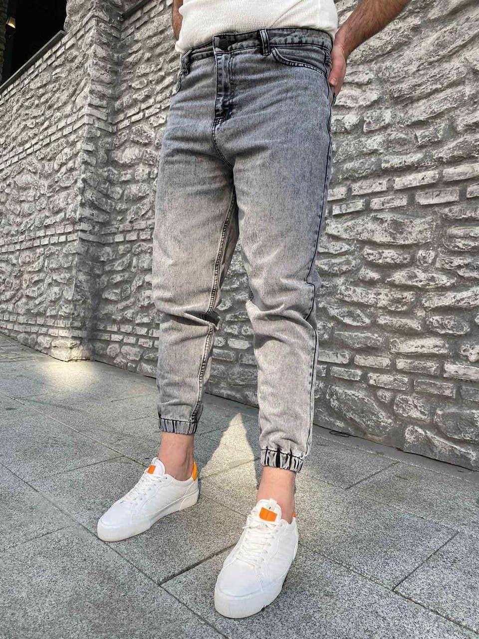 Чоловічі джинси-джоггеры сірі під манжет