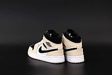 Жіночі кросівки Джордан 1 Retro чорно-білі з пудрою, фото 3
