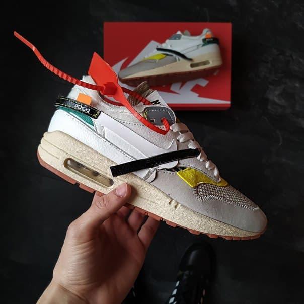 Модные кроссовки Nike из кожи и текстиля