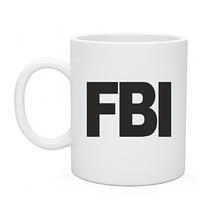 Чашка  белого цвета с надписью FBI, нанесение на чашки недорого